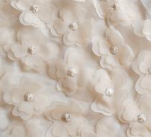 Шифон с цветочками крем