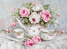 """Набор для вышивания """"Чайный сервиз и розы"""""""
