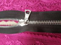 Молния riri атлас. никель,неразъем., 1замок 4мм,16см, тип подвески FLASH, цвет цепи Ni, цвет  темно-коричневый