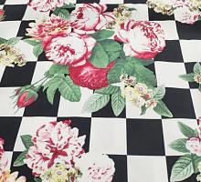 Сатин-стрейч розы на шахматах