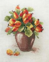 """Набор для вышивания """"Ягоды шиповника"""" по рисунку К. Кляйн"""