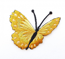 Термоаппликация бабочка бежевая, 73 х 63 мм