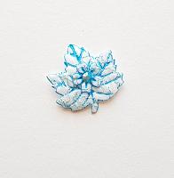 Декоративный элемент пришивной листок голубой, 30 х 27 мм