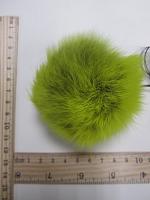 Помпон из меха кролика, зеленое яблоко, 95 мм.