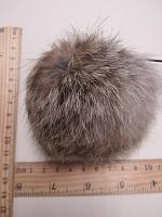 Помпон из меха кролика, рыже-белый, 95 мм.