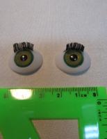 Глаза зеленые с ресничками овальные 12мм.