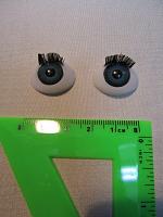 Глаза голубые с ресничками овальные 12мм.